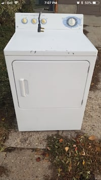 white front-load clothes dryer 3150 km