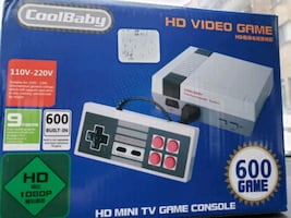 Brand new in box   mini tv game console 600 games 2 controllers