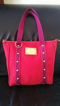 Red and purple tote bag Riverside, 92506