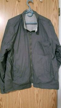 Men's reversible jacket two in one extra large Calgary, T3C 3R8
