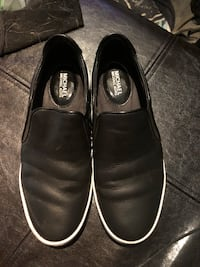 Michael Kors black leather slip on shoes sz 5.5/6