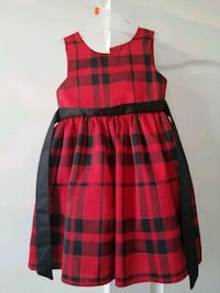 Girls 5T dress EUC 469 km