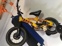 Small children's bike with training wheels Harpers Ferry, 25425