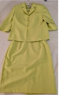 Kasper Skirt Suit - 10 Fremont, 94539