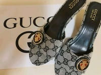 Authentic Gucci sandals  Whitby, L1N 8X2