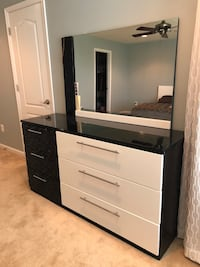 white and black wooden dresser with mirror Fairfax, 22030