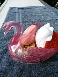 pink swan soap holder & contents Sparrows Point, 21219