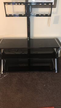 black glass top TV stand Noblesville, 46060