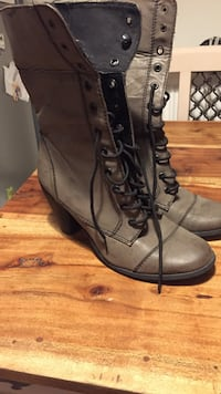 grey leather lace-up boots Bristol, BS16