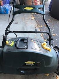 Black Yardworks lawnmower doesn't power on. Great for handyman Mississauga