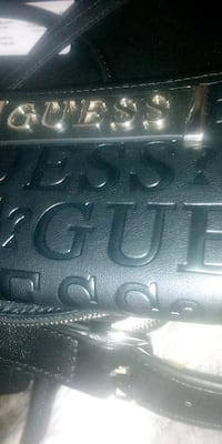 Brand new guess wallet . tag 60 retail Oshawa, L1H 4C6