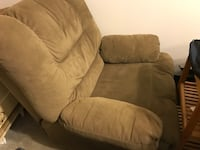 Oversized recliner. Used, just had cleaned, still works fine, asking only $40 obo Bakersfield, 93311