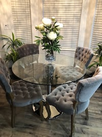 Circular Glass Dining table (CHAIRS NOT FOR SALE ) Renton, 98056