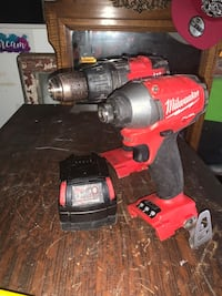 Milwaukee fuel  HAMMER DRILL AND IMPACT DRIVER