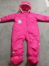 Girls etirel penguin Snowsuit - 6-12 Months 621 km