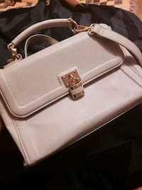 Gray shoulder bag with gold detailing Toronto, M9A 4Y5