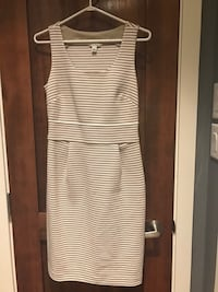 white and black stripe sleeveless dress North Vancouver, V7M 1S6