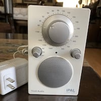 Tivoli Audio iPAL Henry Kloss White AM / FM Portable Audio with Adapter Excellent condition and work Лос-Анджелес, 90033