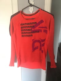 Reebok workout long sleeve top