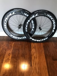 Carbon bicycle wheelset