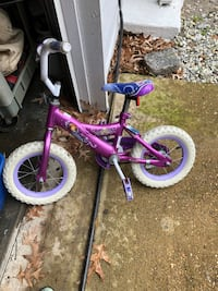 Toddler's purple and purple bicycle GOOD CONDITION Virginia Beach, 23464