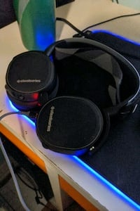 Arctis 7 wireless  headphone