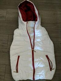Vest white and red Coquitlam