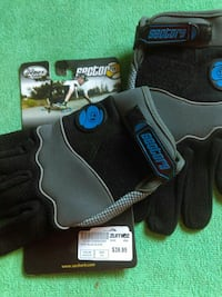 . Skateboard  child gloves size S/M Triangle, 22172