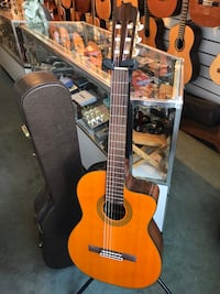 Takamine Acoustic Electric Guitar With Hard Case Honolulu, 96813