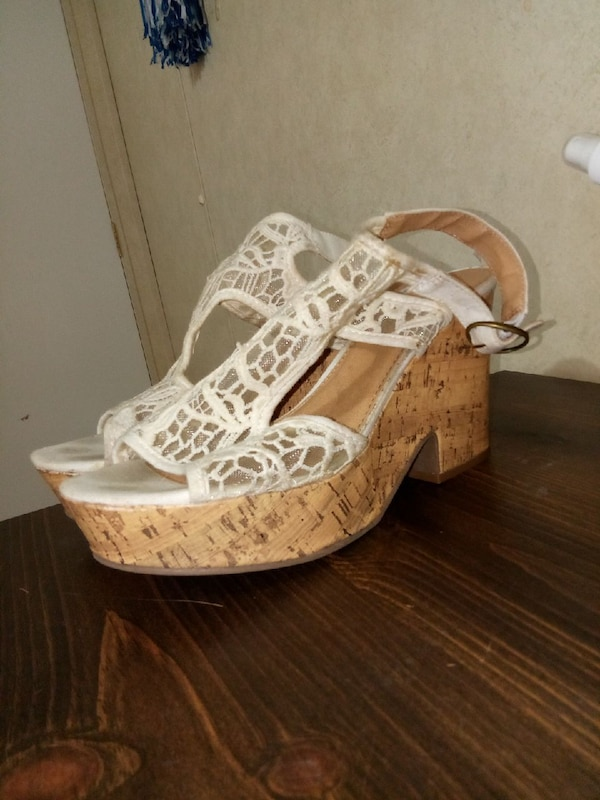 Pair Brown Sandals And White Wedge Of rdCtshQ