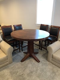 Table and Pub Chairs - set of 4 Falls Church, 22043