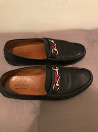 Pair of black leather gucci loafers Vienna, 22182