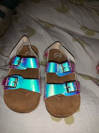 Holographic girls sandals  Phoenix, 85022