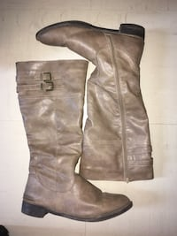 pair of brown leather knee-high boots Ottawa, K1Z 5A7