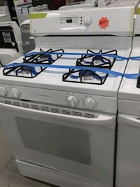 Ge gas stove in good condition  Elkridge, 21075