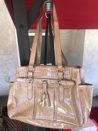 Women purse Stockton, 95212
