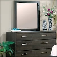 6 Drawer Dresser with Landscape Mirror(Almost New) in Vancouver, BC Vancouver
