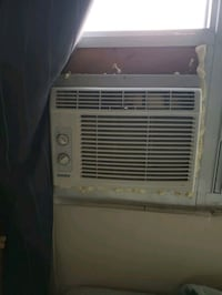 5000 btu air conditioner  London, N5Y 2N7