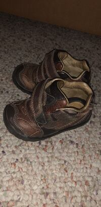 pair of brown leather sandals Port Hueneme, 93041