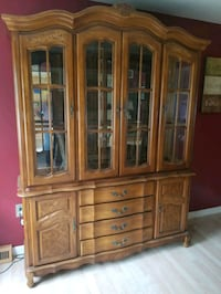 Buffet with Hutch (China cabinet) Feasterville-Trevose, 19053