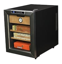 New air Thermoelelectric Cigar humidor Toronto, M6M 2E6