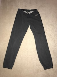 Grey roots sweatpants (size small) Toronto, M1C 3T7
