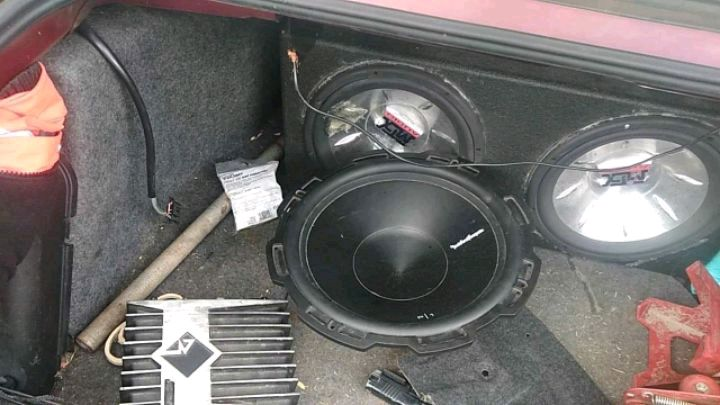 Photo P1 15 inch subwoofer