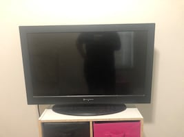 36 inch Element TV