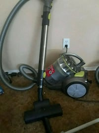 hoover vacuum with accessories  St. Albert, T8N 1L2