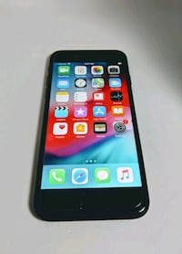 iPhone 8 (not plus) Excellent Condition Hanford, 93230