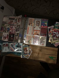 600+ football cards perfect condition Columbia, 21029