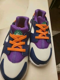 Brand new never worn Huarache Tennis shoes Parkville, 21234