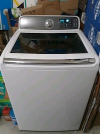 Samsung Washer - Used for less than a year  Brampton, L6R 3C3
