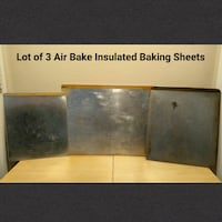 LOT OF 3 AIR BAKE INSULATED BAKING SHEETS Ontario, 91762